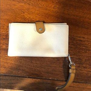 coach white wristlet wallet